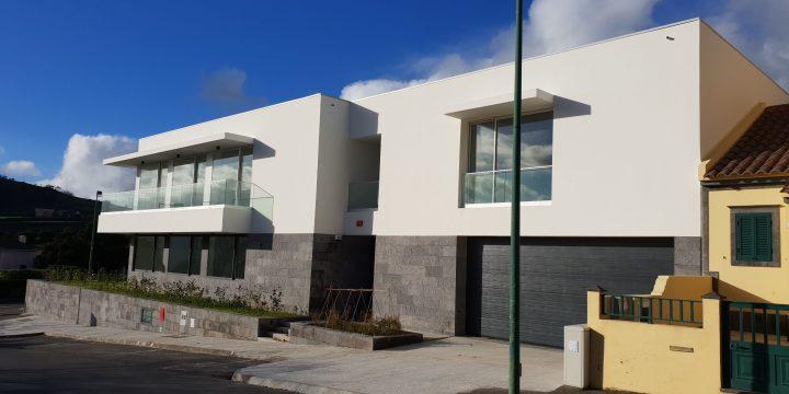 Empreitada de Construção da Sede e Edifício Multivalências do Instituto de Apoio à Criança, Ilha de São Miguel