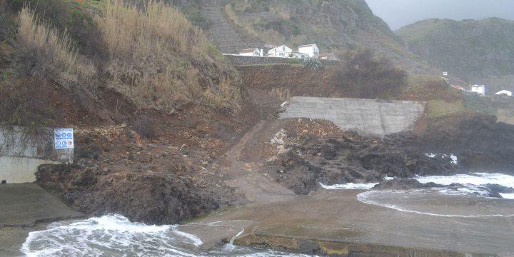 Empreitada de Execução do Projecto de Retenção a Sul da Protecção Costeira do Troço a Norte do Porto de Pesca da Maia