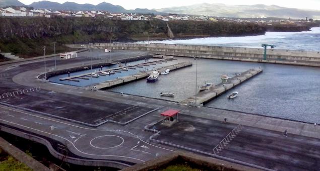 Empreitada de Ampliação do Porto de Pesca de Rabo de Peixe, Ilha de São Miguel