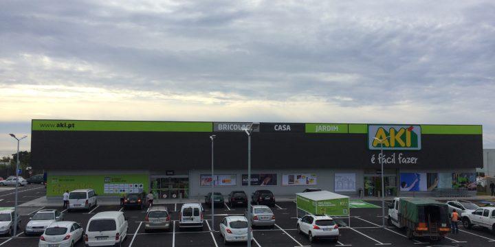 Empreitada de Construção da Loja Aki em Ponta Delgada